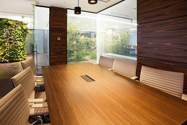Recouvrement d'un mur et d'une table  design architectural